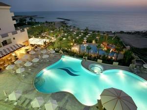 Разнообразный отдых благодаря путевки на Кипр