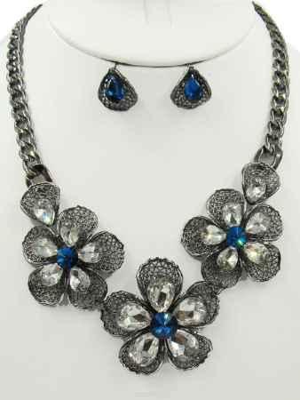Купить Набор бижутерии Taya, цвет: серебристый, темно синий. T-B-10379