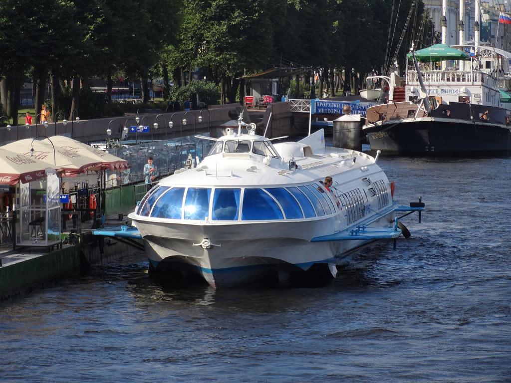 Как еще можно попасть в Санкт-Петербург?