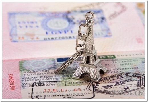 Стоит ли пытаться получить визу во Францию самостоятельно?
