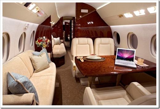От чего зависит стоимость аренды самолёта?