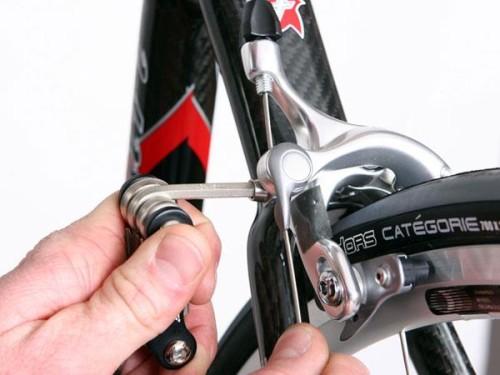 Как ремонтировать тормоза на велосипеде