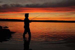 Что брать на рыбалку с ночевкой