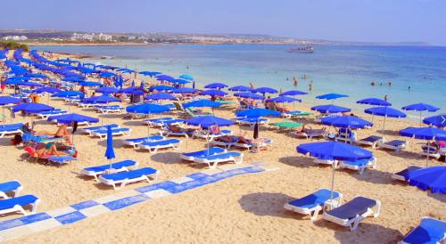 Обзор пляжа Макронисос на Кипре